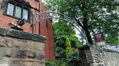 Bolehall Manor Club - Gate